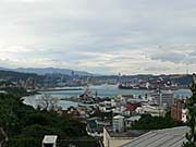 和平島から基隆湾を望む