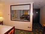 ロイヤルシーズンズホテル台北の部屋とバスルームの壁