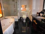 ロイヤルシーズンズホテル台北のバスルーム
