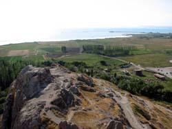 ワン城からワン湖を望む