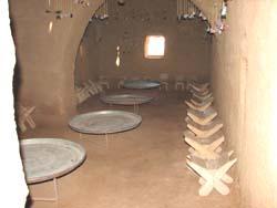 日干し煉瓦住居の内部2