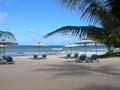 フーコック島のグランドメルキュールラ・ベランダリゾート&スパのプライベートビーチ