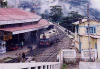 シムラの駅