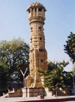 ジャイナ寺院の塔