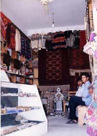 イクバルの店1