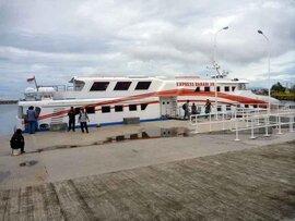 スマトラ島沖ウェー島:空港から港へ直行!初日はサバン泊。