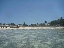 ケイ島アイランドホッピング。聞いてないよのワーバル島ツアー。