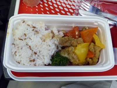 JAL インドネシア-成田機内食 鶏のスイートアンドサワー