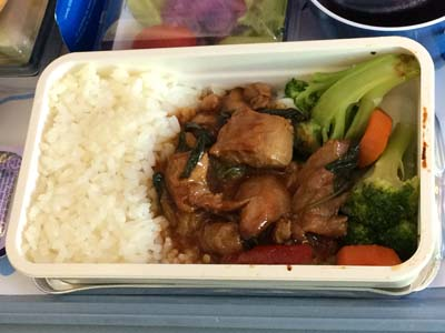 CI 台北-コロール機内食 鶏肉