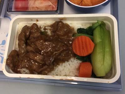 CI コロール-台北機内食牛