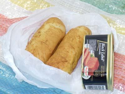 スパムとクリームパン