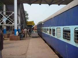 寝台列車でハイダラバードへ。酷暑期は2等で充分。