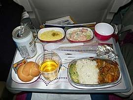 タイ国際航空HND-BKK-KTM:機内食また味落ちた?