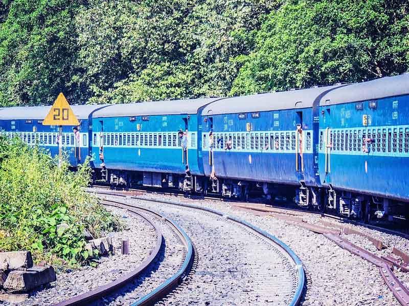 インドで列車の切符がとれなーい!切符の買い方指南(裏技)