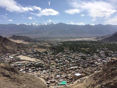 ラダックの旅:標高3,500mのレーまでひとっ飛び。高山病は用心すべし。