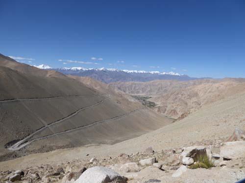ラダックの旅:標高5,360mのチャンラ峠を越えて。