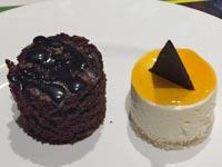 チョコケーキとムース