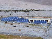 メラク村の太陽光発電所