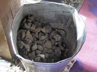 家畜の糞の燃料
