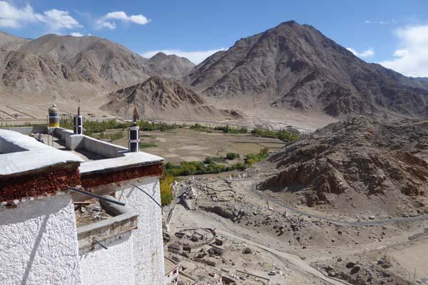 チェムレ・ゴンパの屋上からの眺め