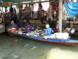 バンコク近郊散歩:タリンチャン水上マーケットにゆくの巻(1)