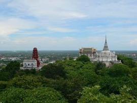 バンコク近郊散歩:王様の離宮とスイーツの郷でおみやげ♪