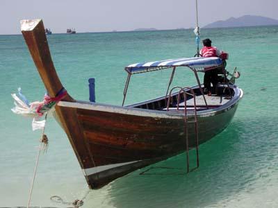 リペ島から再びマレー半島上陸。サトゥーン行きの高速艇乗船。