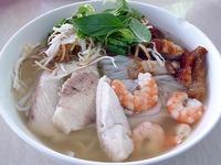 ブン・ヌック・レオ bún nước lèo [クメール風汁麺]