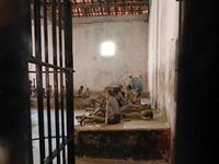 コンダオ島 フーハイ刑務所の中