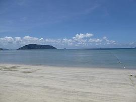 コンダオ島の海:海水浴なら東海岸のビーチがお薦め。