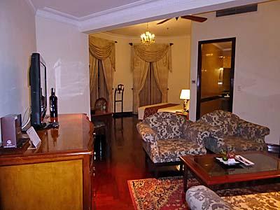 グランドホテルサイゴン角部屋