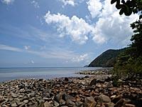 オンドゥンビーチの海岸