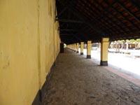 フーハイ刑務所の建物の壁