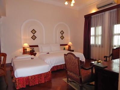 ホテルマジェスティックの部屋1